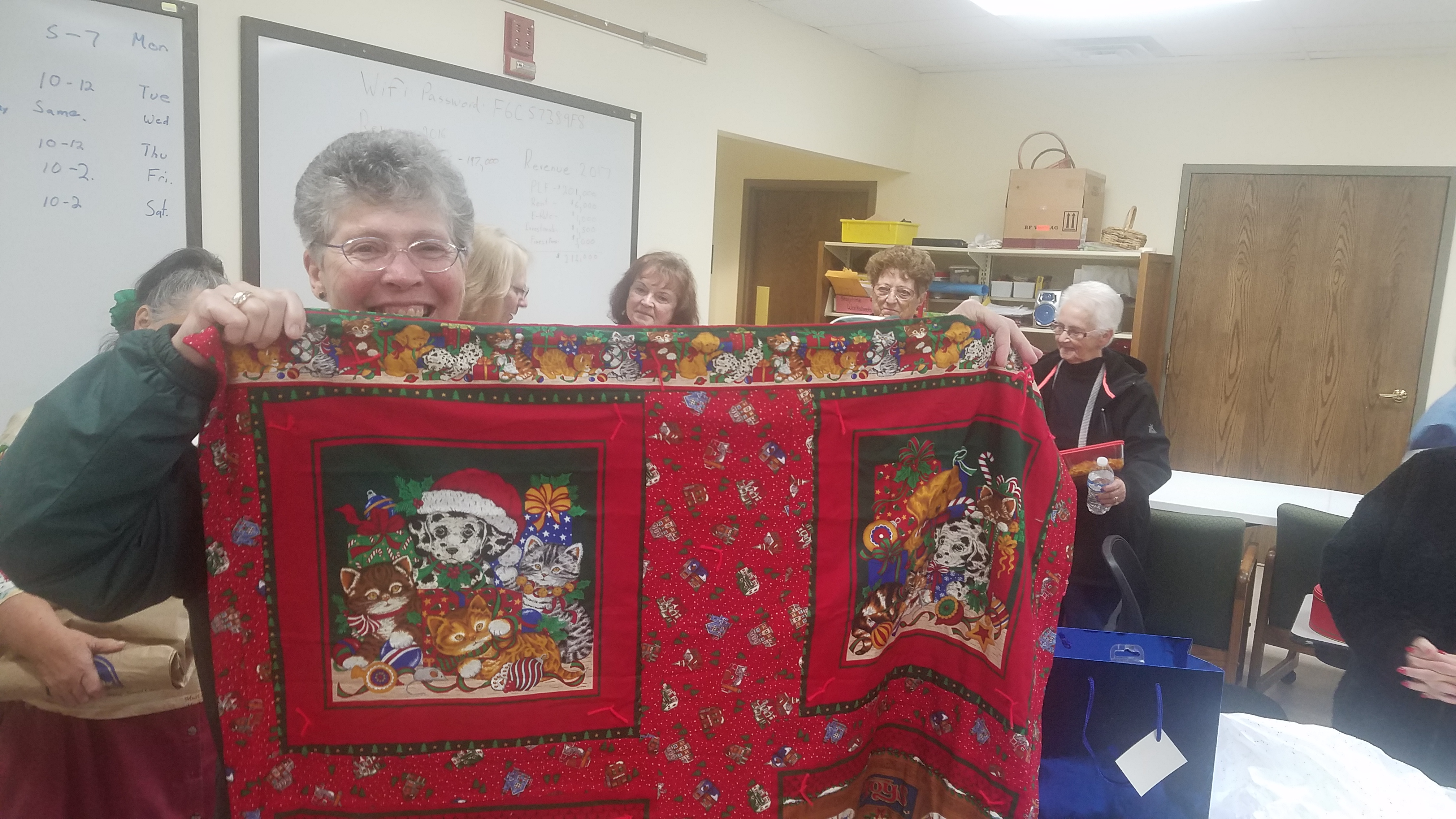 Congratulations to Jo Ann Azbell for winning the November Ladies Night Out door prize!  Her prize was a handcrated quilt made and donated by Sue Lucas and Pat Tanguay.